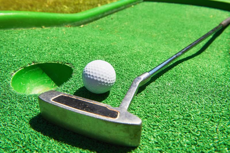 Crazy-Golf-Course
